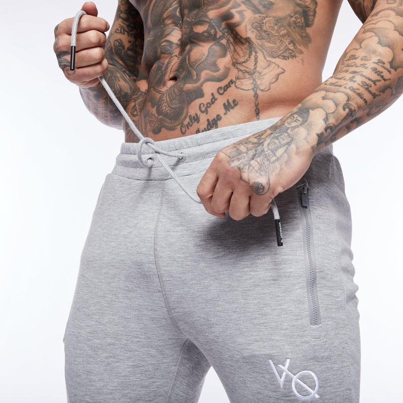 Vanquish Essential Ash Grey Tapered Sweatpants 2枚目の画像