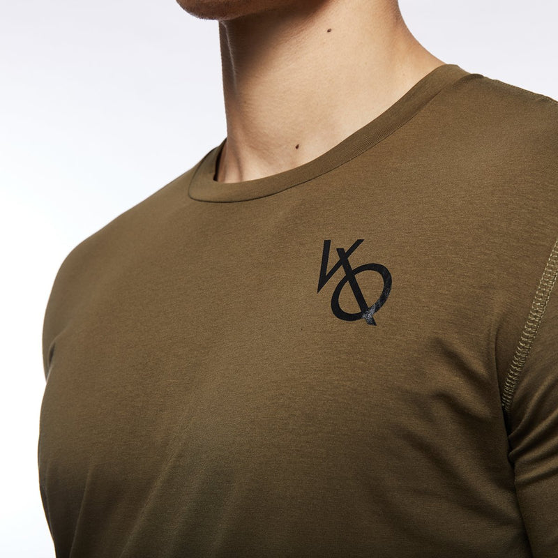 Vanquish Essential SP Olive Short Sleeved T-Shirt 2枚目の画像