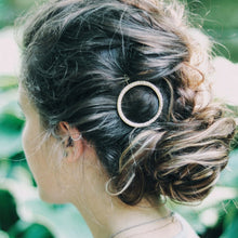 Load image into Gallery viewer, Pearly Gold Hair Clip