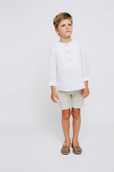 White Shirt & Beige Short Braces