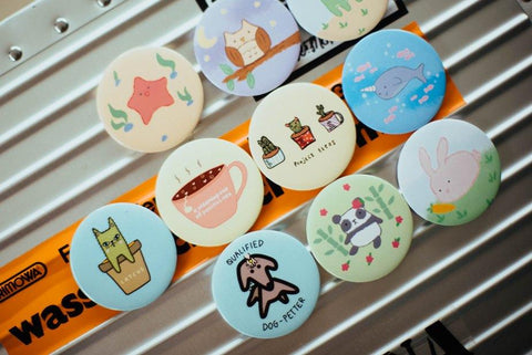 BUTTON BADGES