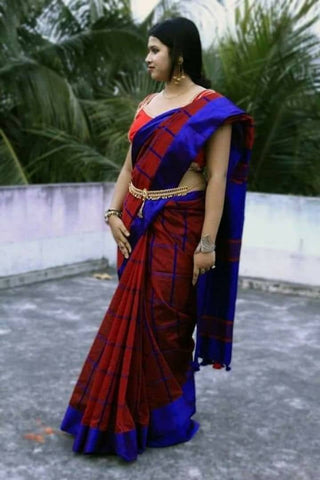 Attractive Handloom cotton Silk Checked Saree with Blouse
