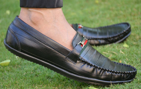 Elegant Black Solid Synthetic Leather Men's Loafers - Trend Eve