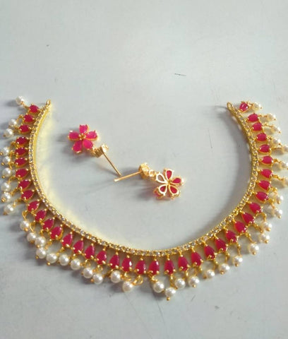 Beautiful And Trending Necklace Set