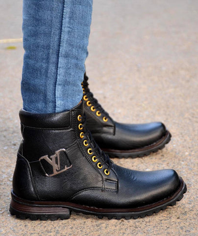 Men's Attractive and Stylish Black Solid Synthetic Boot