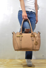 Load image into Gallery viewer, 88821 Medium Tote Wholesale