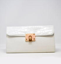 Load image into Gallery viewer, 88612 Croc Clutch