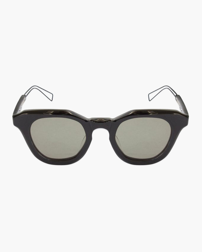 Matt Black Frame with Grey Lens (RP-06 C.01BK)