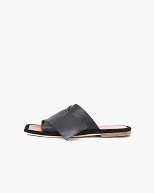 Dara Slipper Black