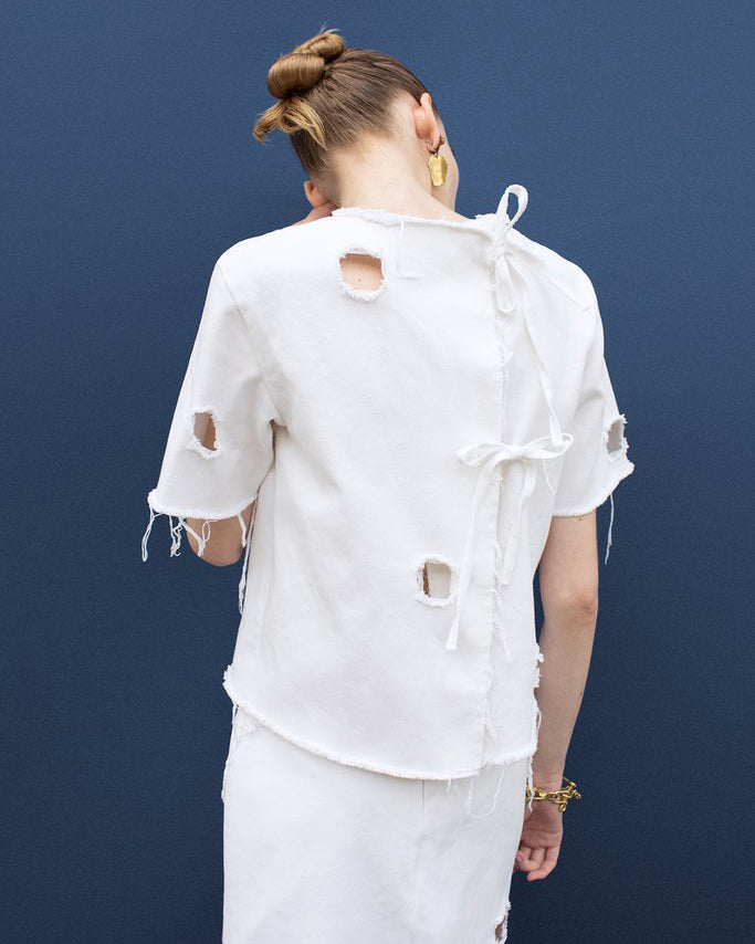 Rora White Tie-Back T-shirt