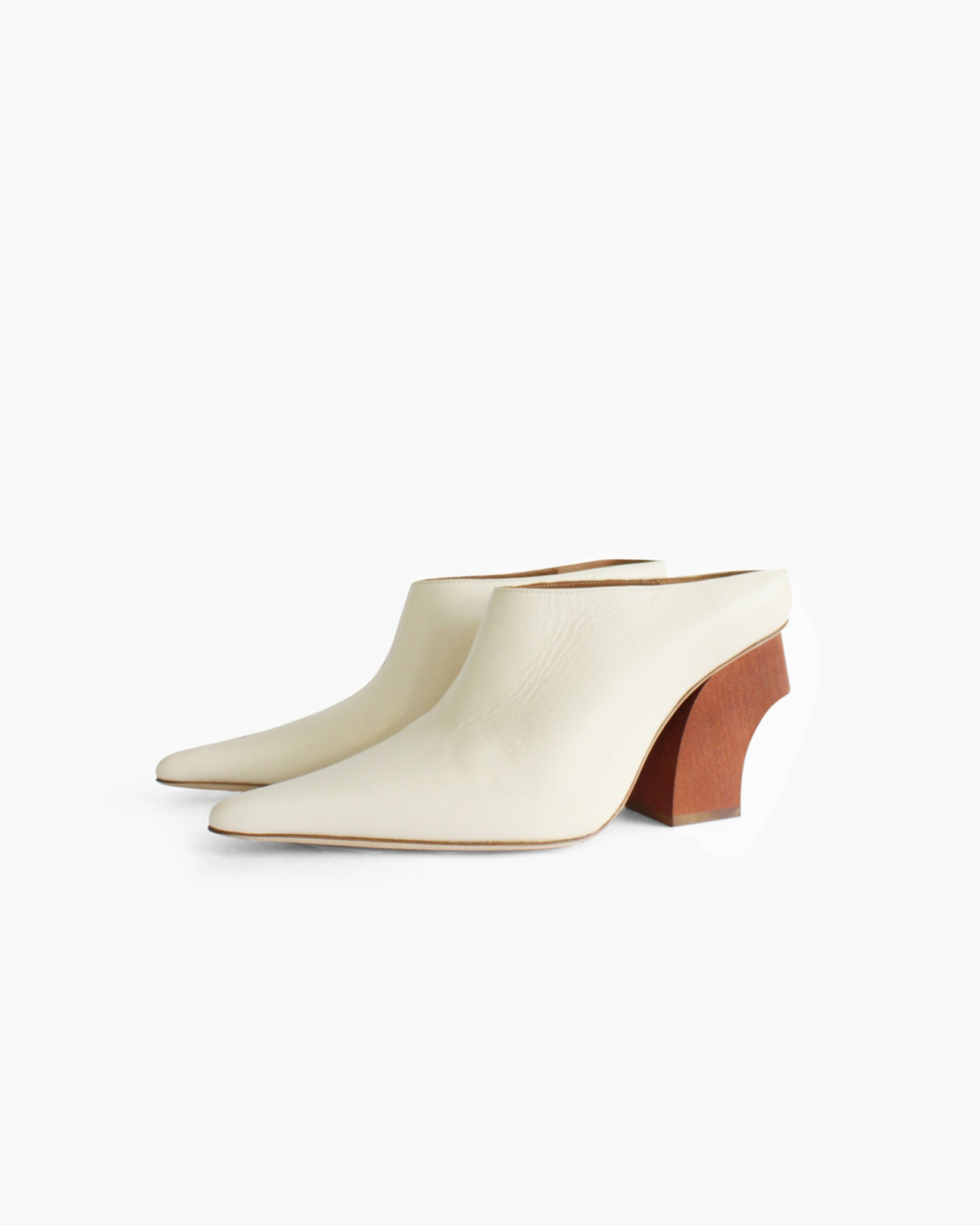 Yasmin Mule with Curved Natural Wooden Heel Leather Ivory
