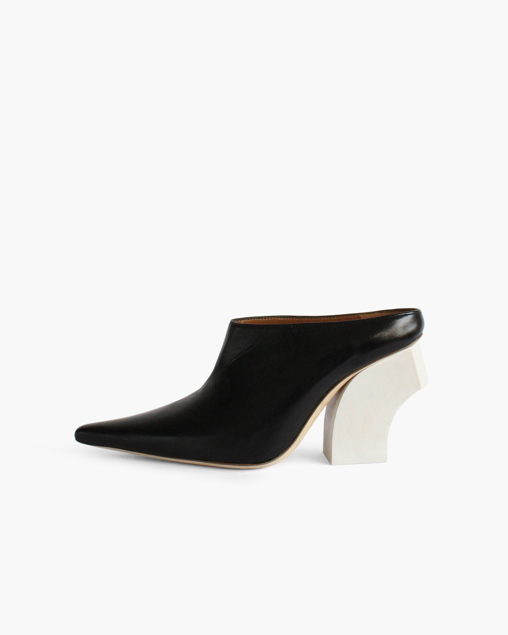 Yasmin Mules Leather Black with Curved White Wooden Heels