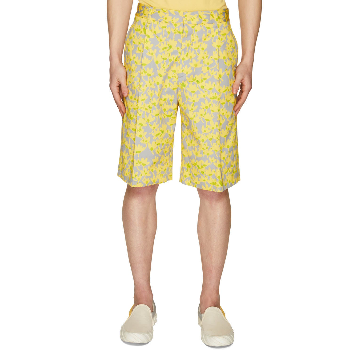 PRINTED SINGLE PLEAT SHORTS LEMON YELLOW/ICE GREY