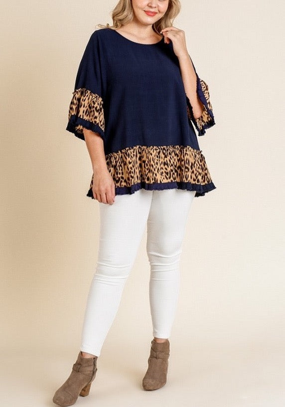 Leopard Ruffle Sleeve Top with Ruffle Frayed Hem (Navy)