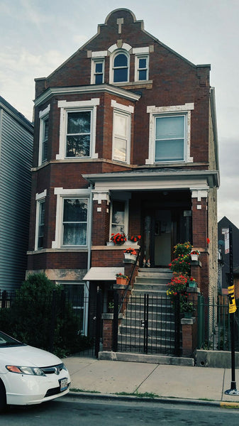 The Witzky Residence house in Chicago where Stir of Echoes was filmed.