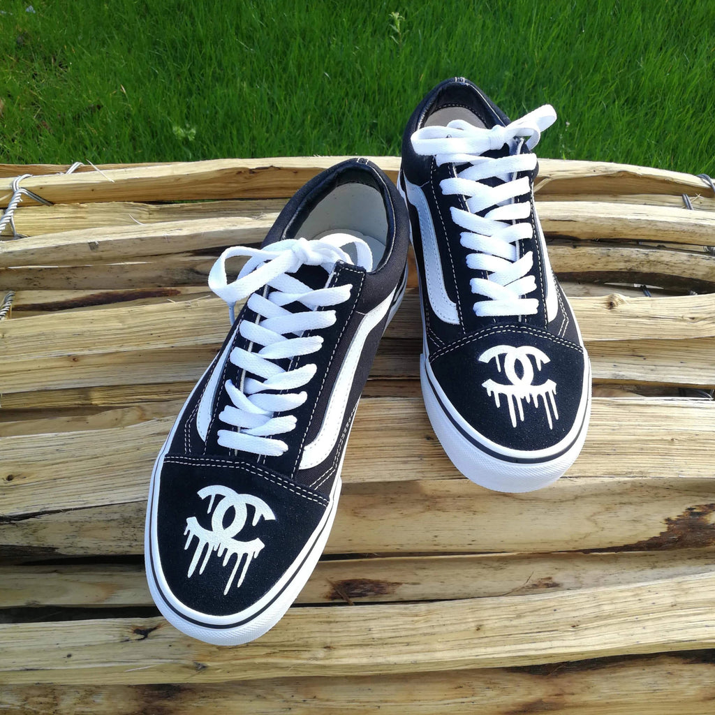 Basket vans oldskool noir customiser avec logo chanel
