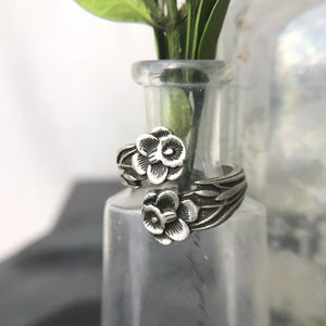 Daffodil Dandy Spoon Ring