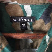 Load image into Gallery viewer, J. Crew Mercantile Camo Lightweight Jacket
