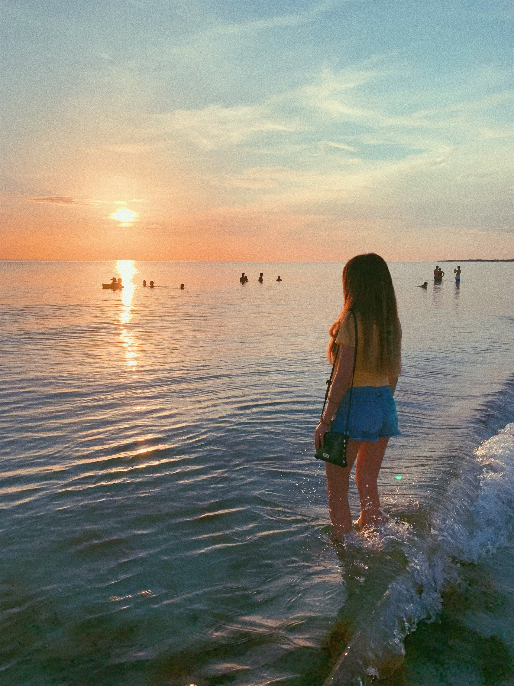 Marco Island Sunset. Enjoy this Marco Island travel guide and fun things to do in Marco Island!