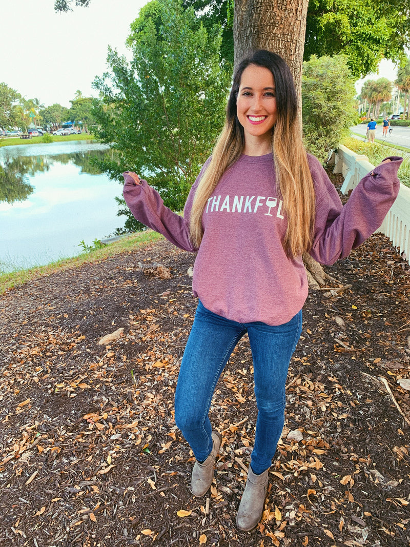 Let's give some thanks this year to your favorite glass(or bottle) of vino in this cute Thanksgiving sweatshirt!
