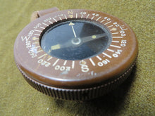 Load image into Gallery viewer, WWII US Airborne Wrist Compass (Original)