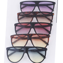 "Load image into Gallery viewer, ""Brandy"" Mixed Tint Sunglasses"