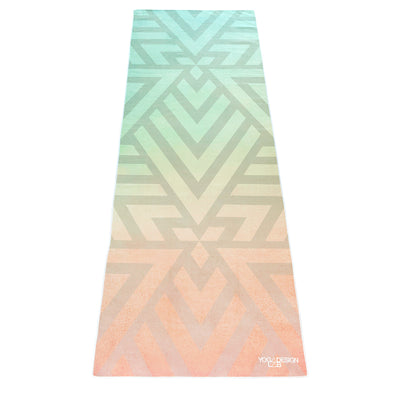 Yoga Design Lab Yoga Mat Towel Popsicle maze