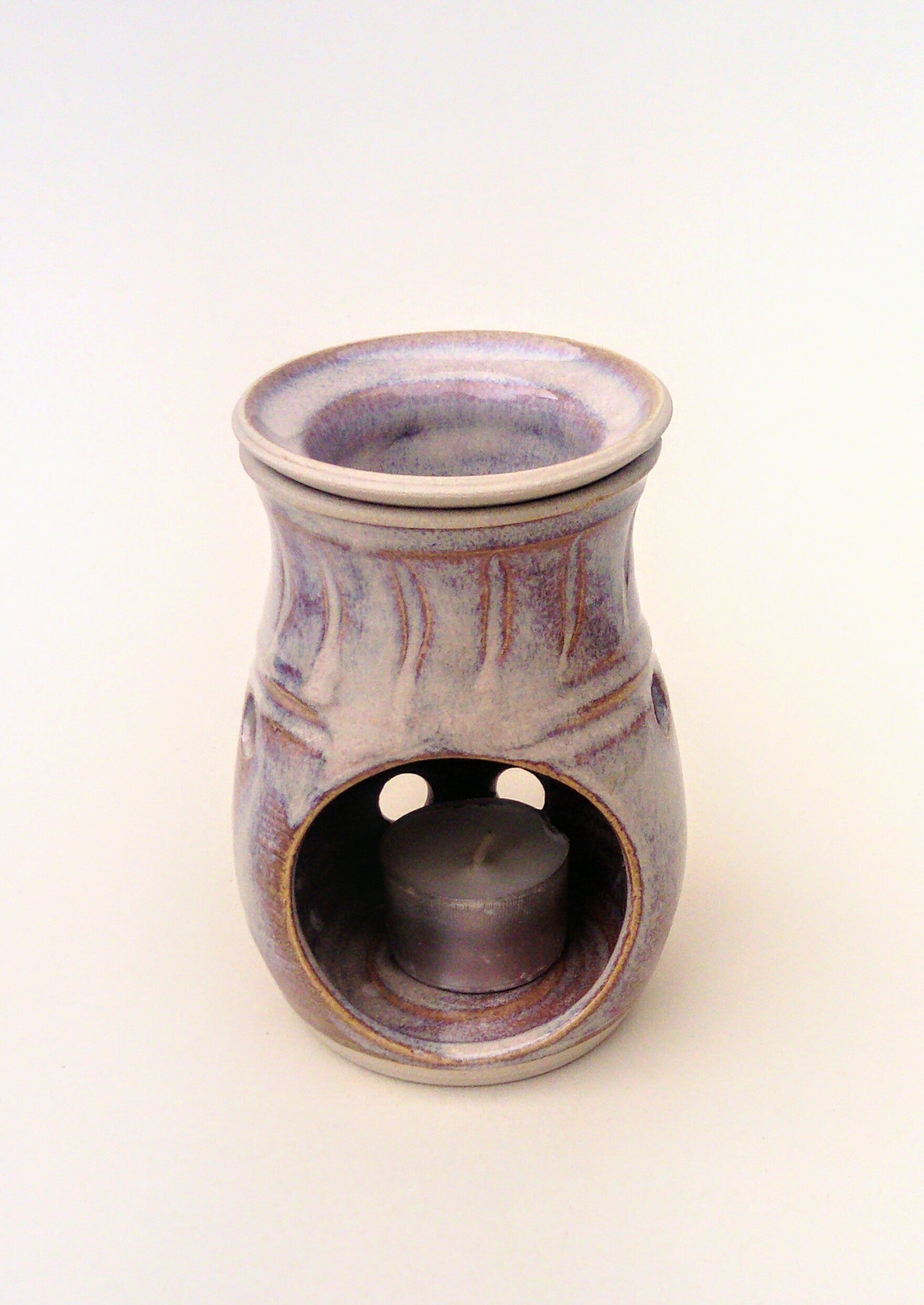 Hand thrown aroma burner/oil diffuser. Sunset strand.