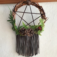 Load image into Gallery viewer, Grape Vine Pentacle