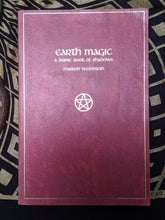 Load image into Gallery viewer, Weinstein, Earth Magic: A Dianic Book of Shadows