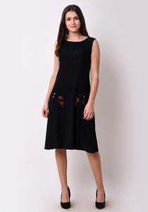 Relaxed Patch Pocket Shift Dress - Black