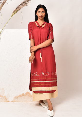Fame Of Rabari Maroon Kurta Set