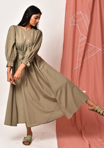 Load image into Gallery viewer, Makira Fair Green Maxi Dress