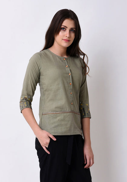Meadow Front Pocket Embroidered Top  - Fair Green