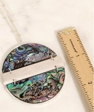Load image into Gallery viewer, Round Shell Pendant Long Necklace