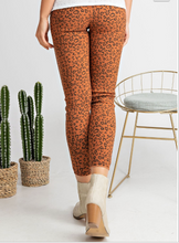 Load image into Gallery viewer, The Cheetah Pants In Rust