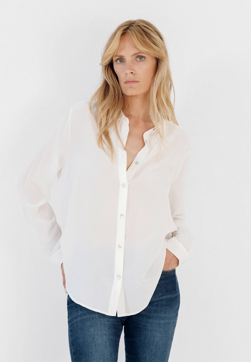 BASIC SHIRT WITH MOTHER OF PEARL BUTTONS