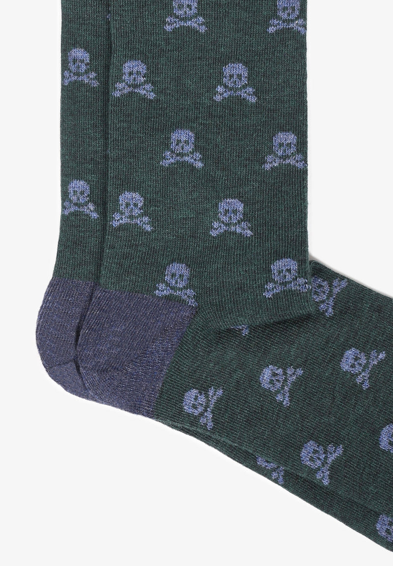 SOCKS WITH ALL-OVER SKULL PRINT