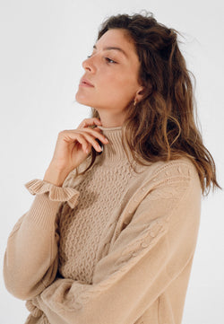 TURTLE-NECK SWEATER WITH SLEEVE RUFFLE