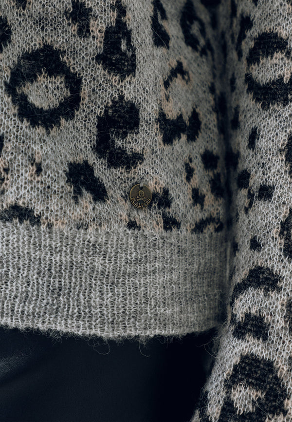 ANIMAL PRINT ALPACA SWEATER