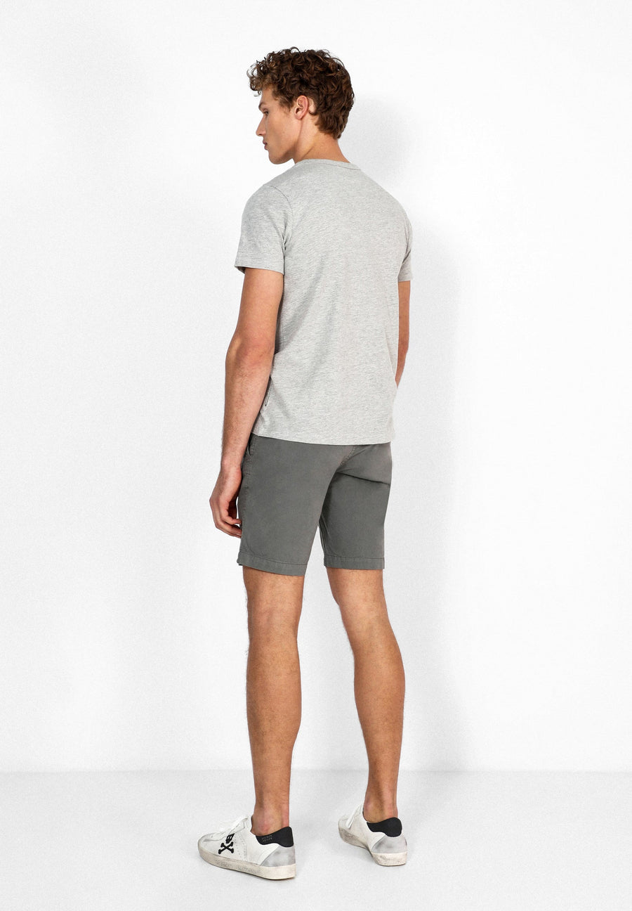 OUTFITTERS SHORTS