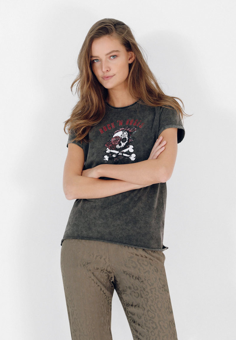 FADED SHIRT WITH SKULL AND ROSES