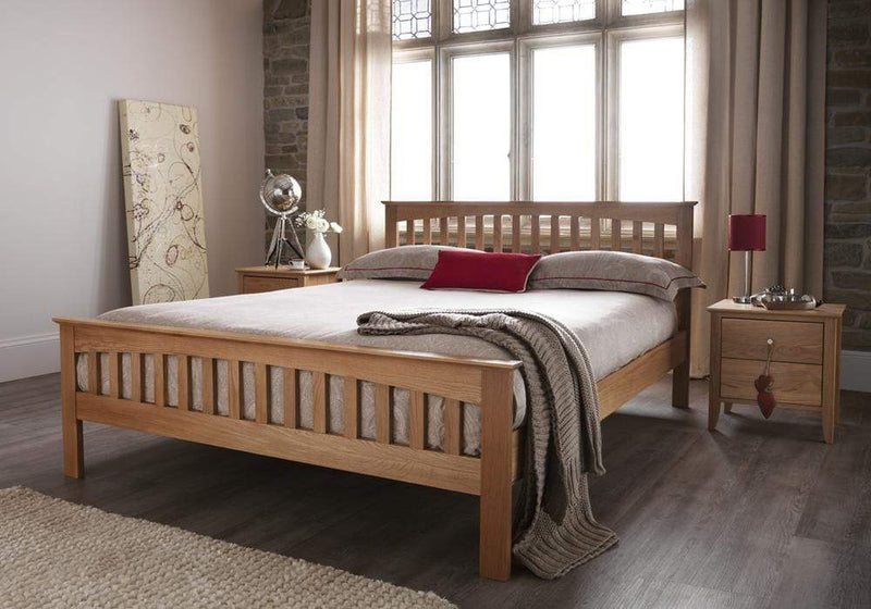 Serene Wood Bed Windsor  Wood Bed - Oak Bed Kings