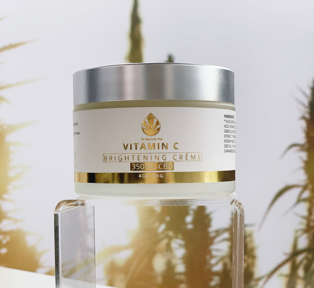 BRIGHTENING & NOURISHING CRÉME WITH VITAMIN C AND HEMP EXTRACT