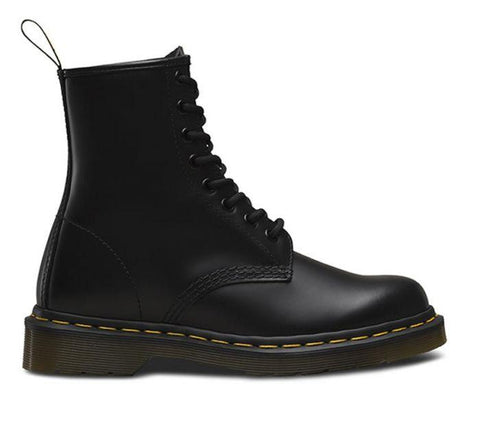 1460 8UP Black Smooth Boots