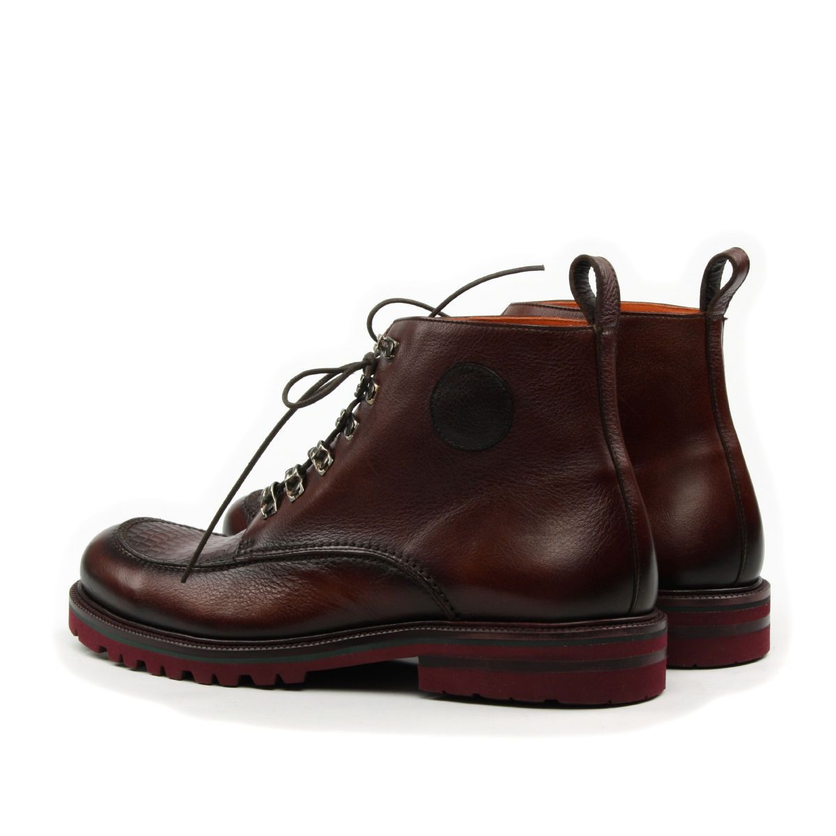Omine Chukka Boot With Hooks