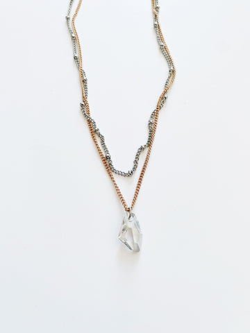 Long Collier sautoir/ rose néon