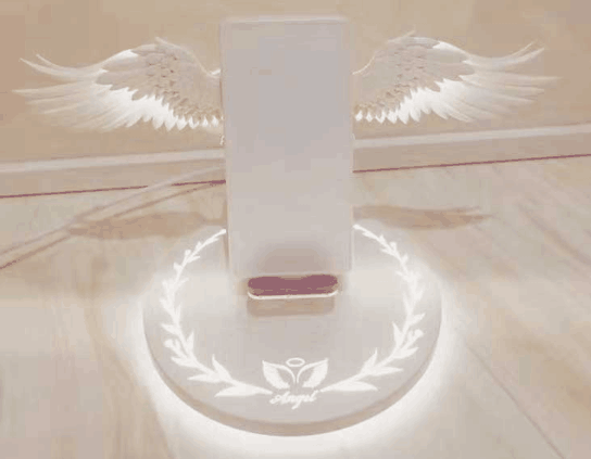 Cupid Angel Wings Wireless Charger