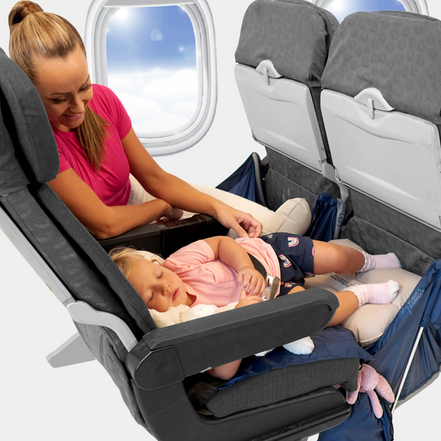 My Flight Hammock to help children sleep on the plane