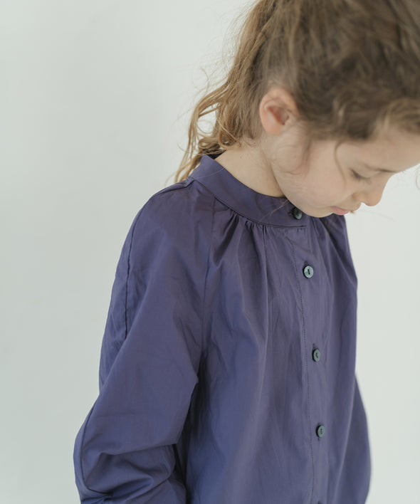 Blouse with Neck Gathering Band Collar Pocket